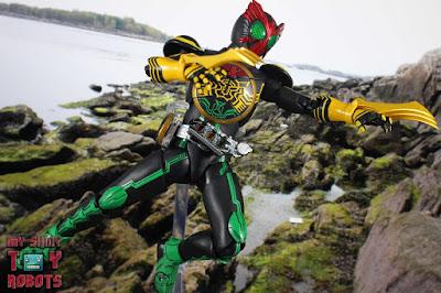 S.H. Figuarts -Shinkocchou Seihou- Kamen Rider OOO (TaToBa Combo)