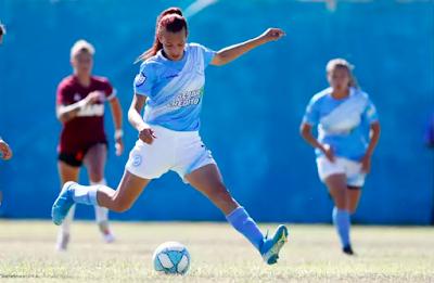 Mara Gomez Menjadi Wanita Transgender Pertama Yang Bermain Sepak Bola Profesional