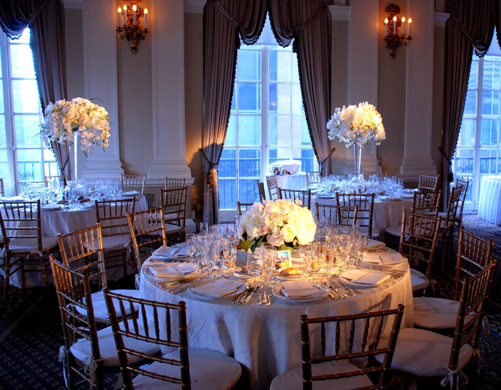 Blade New York: Wedding Wednesday: Low Vs. High Centerpieces