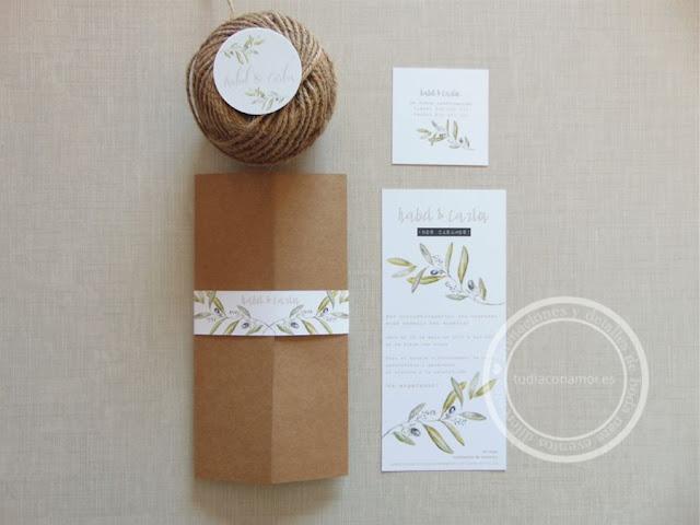 Un bonito conjunto de invitaciones y papelería de boda de estilo rústico provenzal