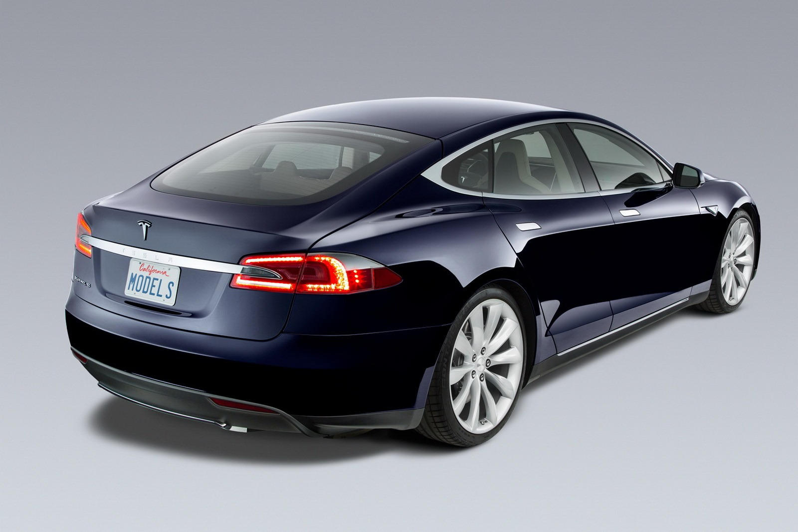 tesla model s and model s x p100d to become even quicker. Black Bedroom Furniture Sets. Home Design Ideas