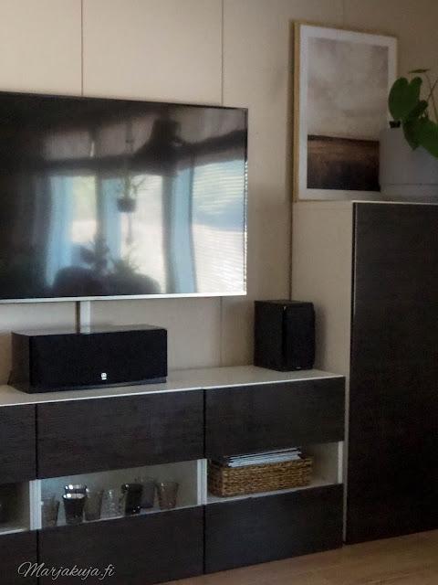 ikea bestå tv taso säilytys media olohuone sisustus kierrätyskoti