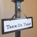 trick or treat Halloween sign DIY