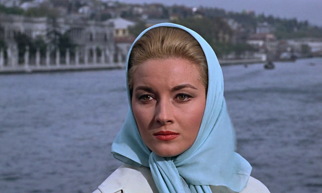 From Russia with Love 1963 Dual Audio Hindi 720p BluRay