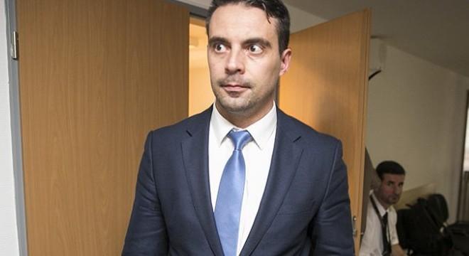 Napi Vonaglás: Gábor visszatérne! Óriási balhé volt a Jobbik titkos frakcióülésén
