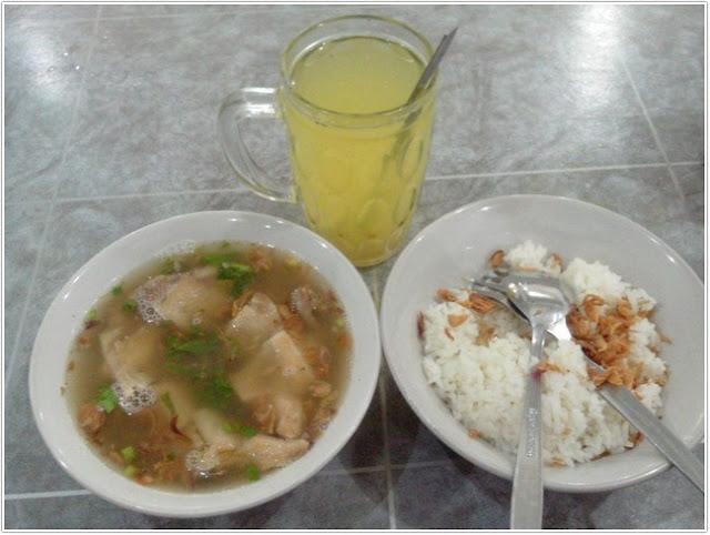Sop Ayam Pak Min;10 Top Kuliner Sidoarjo;