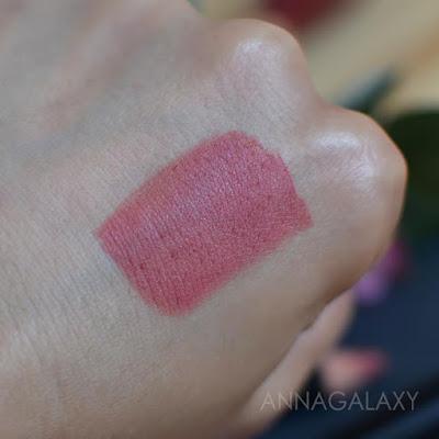 Свотчи Стойкая матовая карандаш-помада для губ BEAUTY BOMB Sexy lips 02