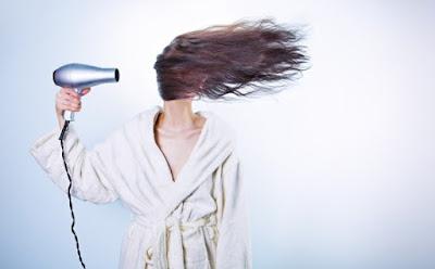 Cara Mengatasi Rambut Kering Kusam Dan Mengembang