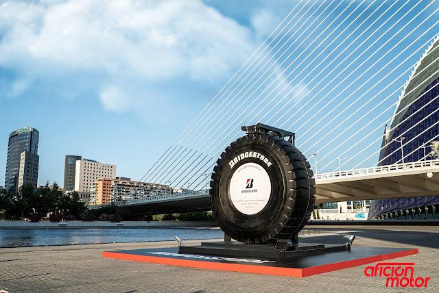 Neumático más grande del mundo
