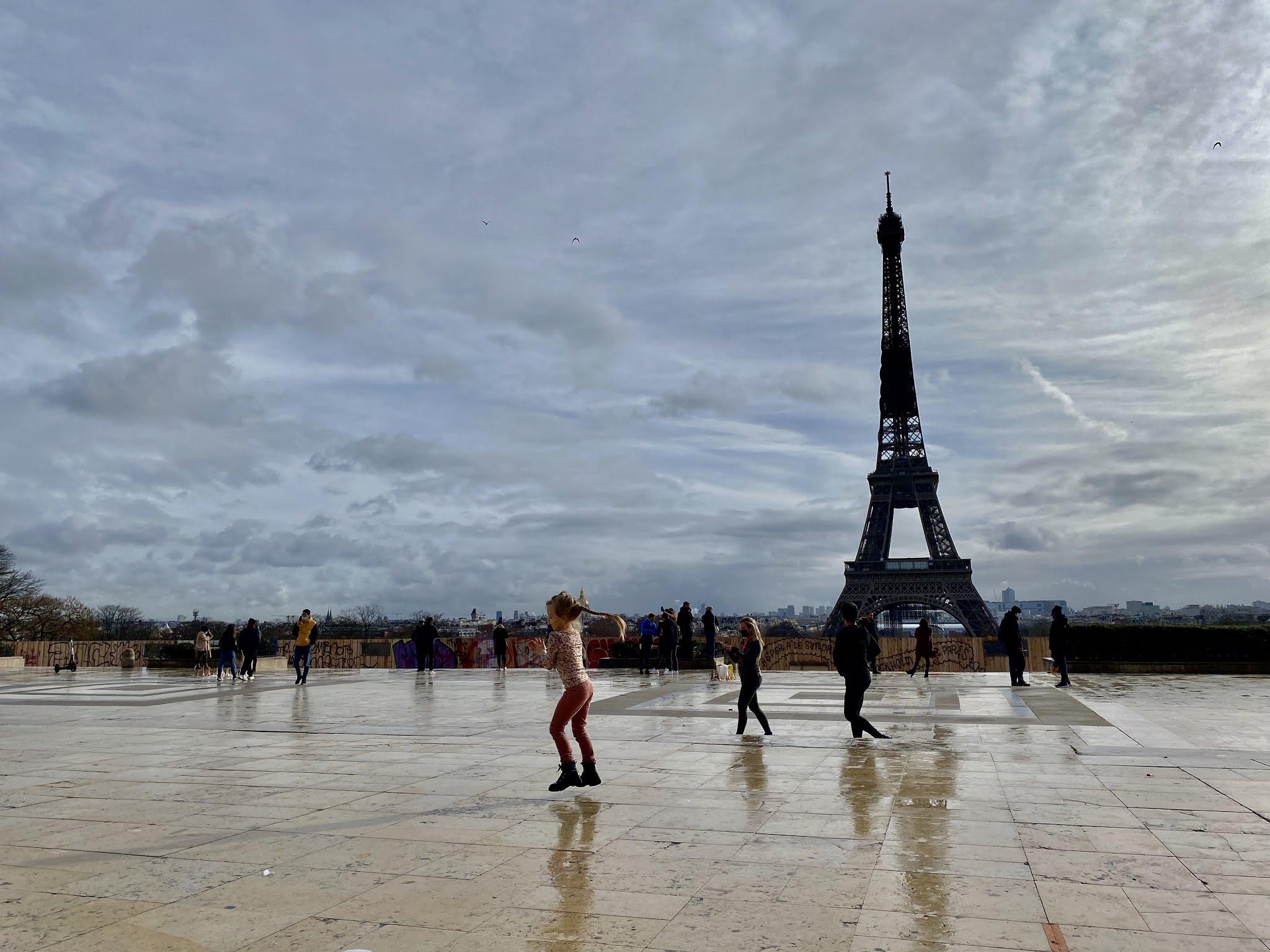hintavertailu Pariisi vastaan Helsinki