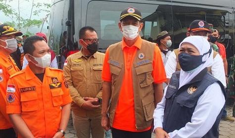 Kepala BNPB dan Gubernur Jawa Timur Pantau Perkembangan Terkini Gunung Semeru