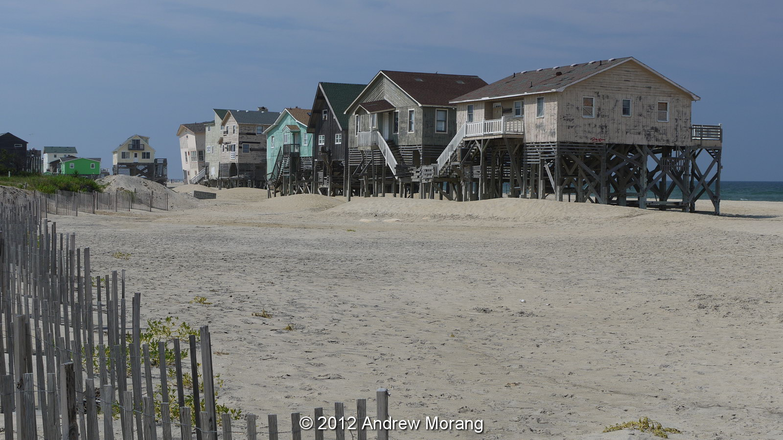 sandy beach of nags head nc the favorite place to be Let's take a look at the 15 best beaches in north carolina:  nags head features  a classic outer banks vibe and is a great spot for anyone who loves spending.