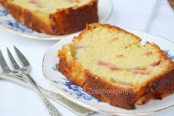 Rabarbercake taart
