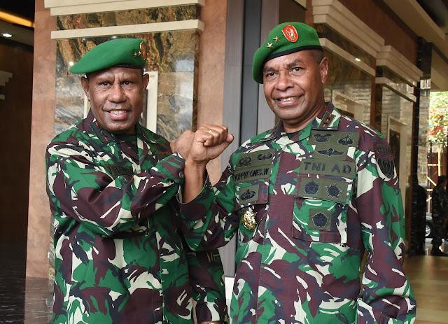 Kodim Sragen - Kasad Lantik Dua Putra Terbaik Asli Papua