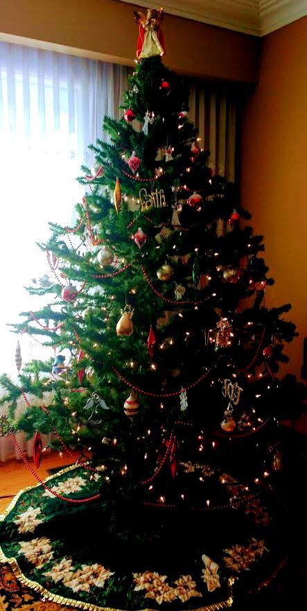 Christmas Tree With Angel On Top