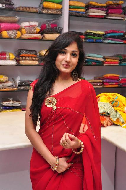 Beautiful kannada Girl Madhavi Latha Photos In Transparent Red Saree
