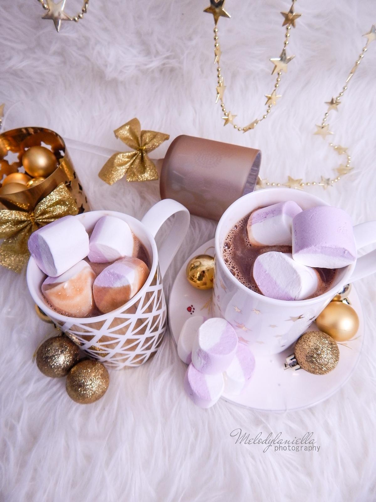 15  przepis na domową gorącą czekoladę świąteczne zimowe napoje ciekawe slodycze na Boże Narodzenie karnawal Sylwestra imprezy pianki jojo melodylaniella  kakao