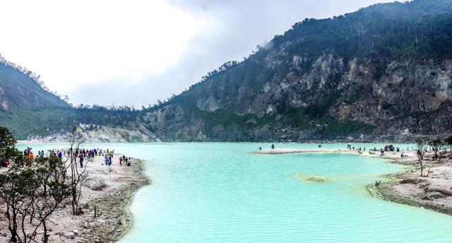 20 Spot Instagram Terbaik di Bandung yang Bisa Buat Kamu Cepet MoveOn dari 'Si Dia'
