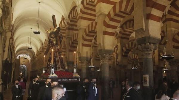 Asi fué el Vía Crucis Oficial de Córdoba