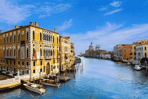 Vista de uno de los canales de Venecia