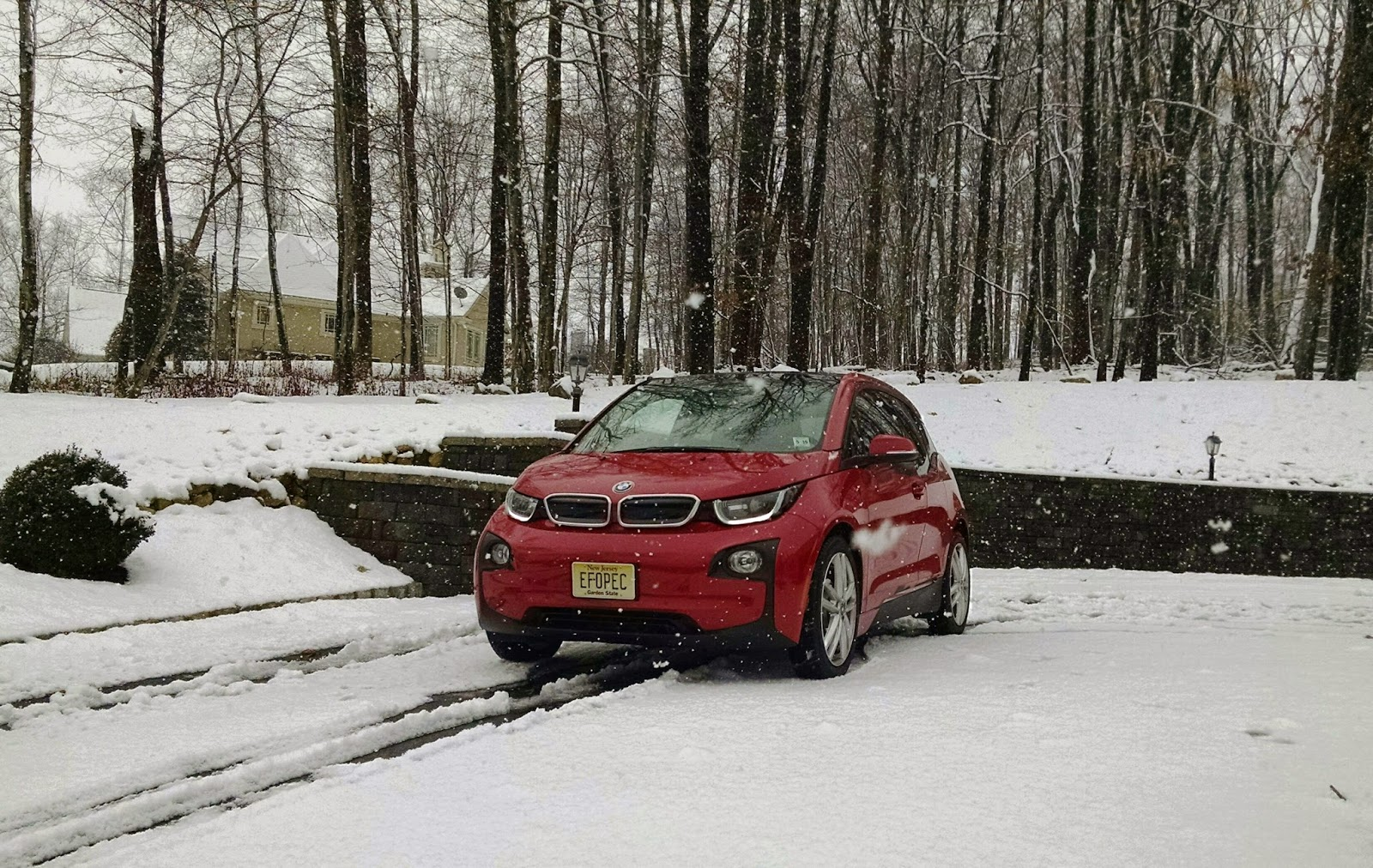the electric bmw i3: bmw i3 psa: no, there is nothing wrong with