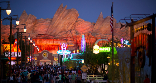 cars-land-disneyland-radiator-springs