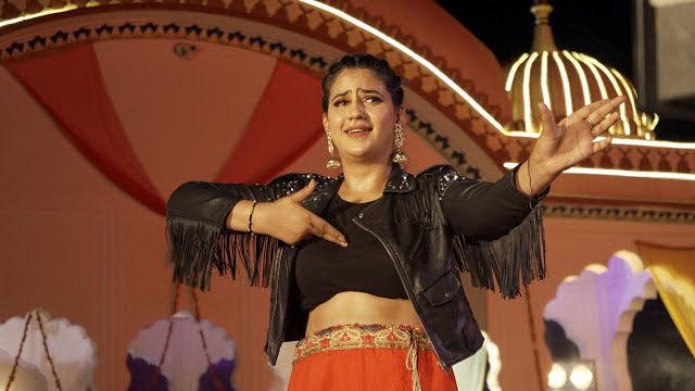 Sapna को टक्कर देते हुए वायरल हो रही इस हरियाणवी स्टार का वीडियो, देखें ऑनलाइन