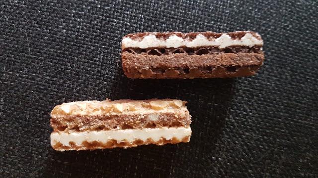 Manner Snack minis: Oben die Sorte Milch-Schoko & unten die Sorte Milch-Haselnuss
