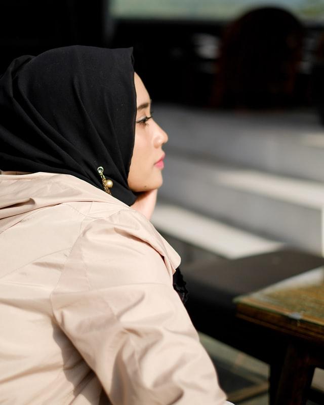 Memahami Sifat Perempuan dengan Mood yang Rumit