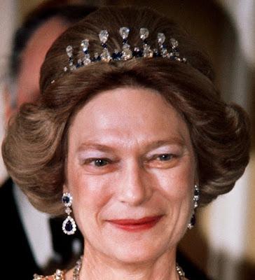 luxembourg sapphire necklace tiara grand duchess josephine charlotte