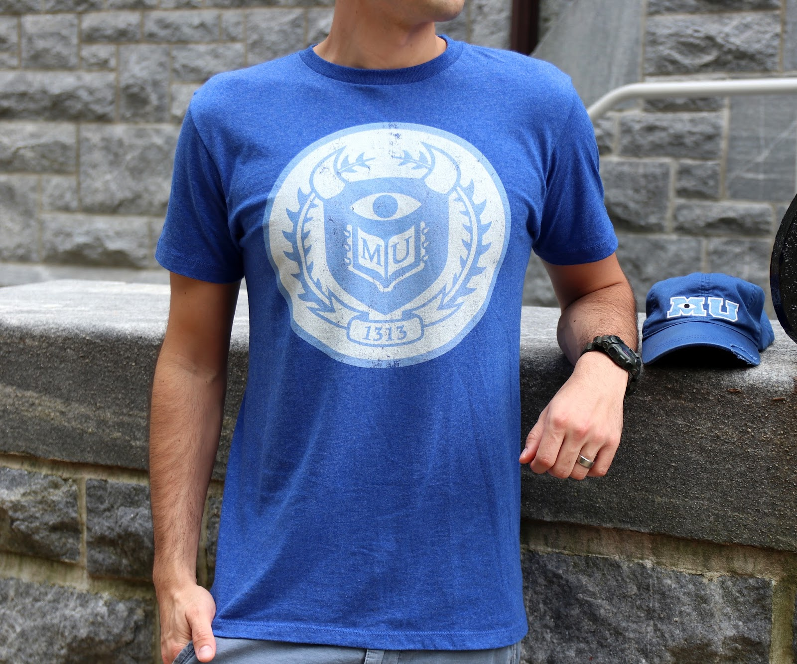 monsters university MU crest tee shirt fifth sun