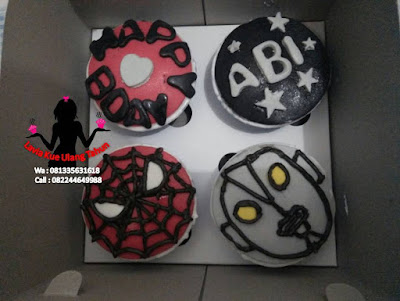 Cupcake muka Spiderman