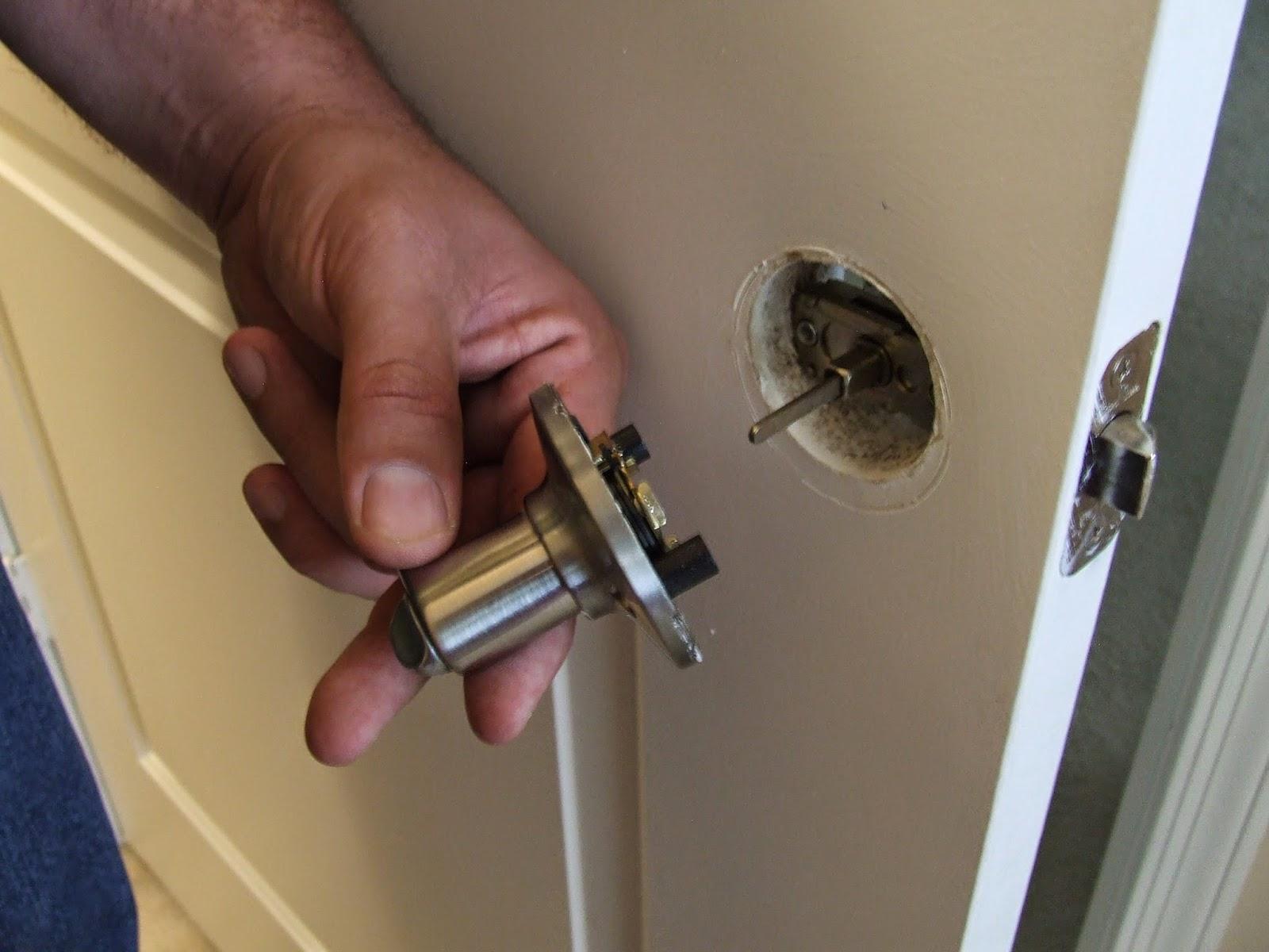 Puertas acorazadas zaragoza presupuesto gratis for Tipos de llaves de puertas