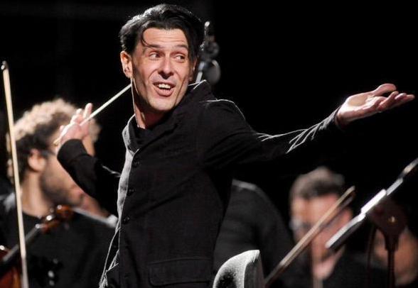 Ezio Bosso - Compositore - Direttore d'orchestra - Ambasciatore della musica