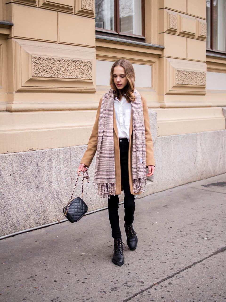 Classic, minimal and timeless fashion blogger outfit inspiration - Klassinen ja ajaton tyyli, asuinspiraatio, muotibloggaaja, Helsinki