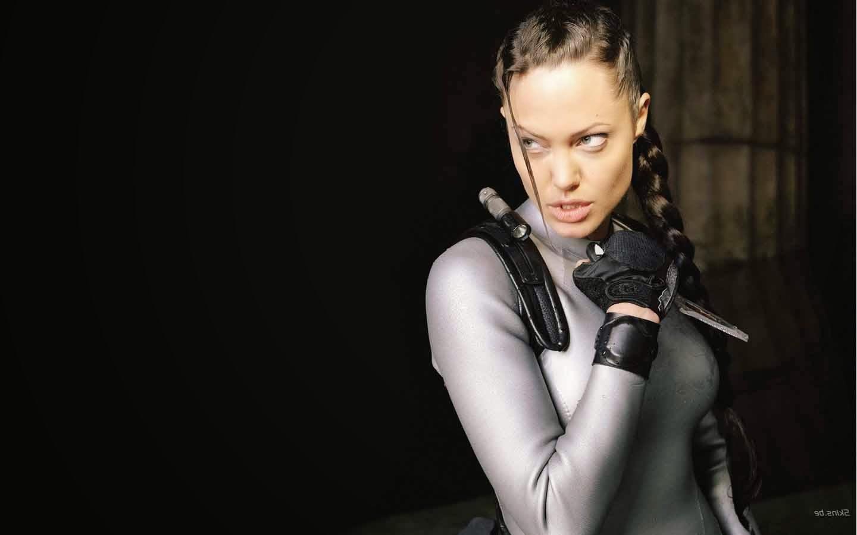 HQ Wallpapers: Angelina Jolie Pics