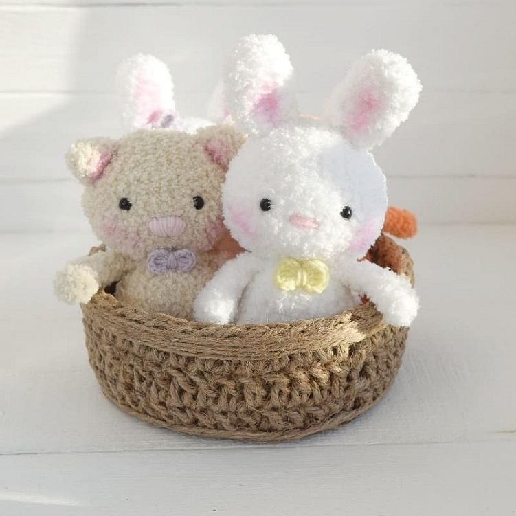Crochet bunny and cat