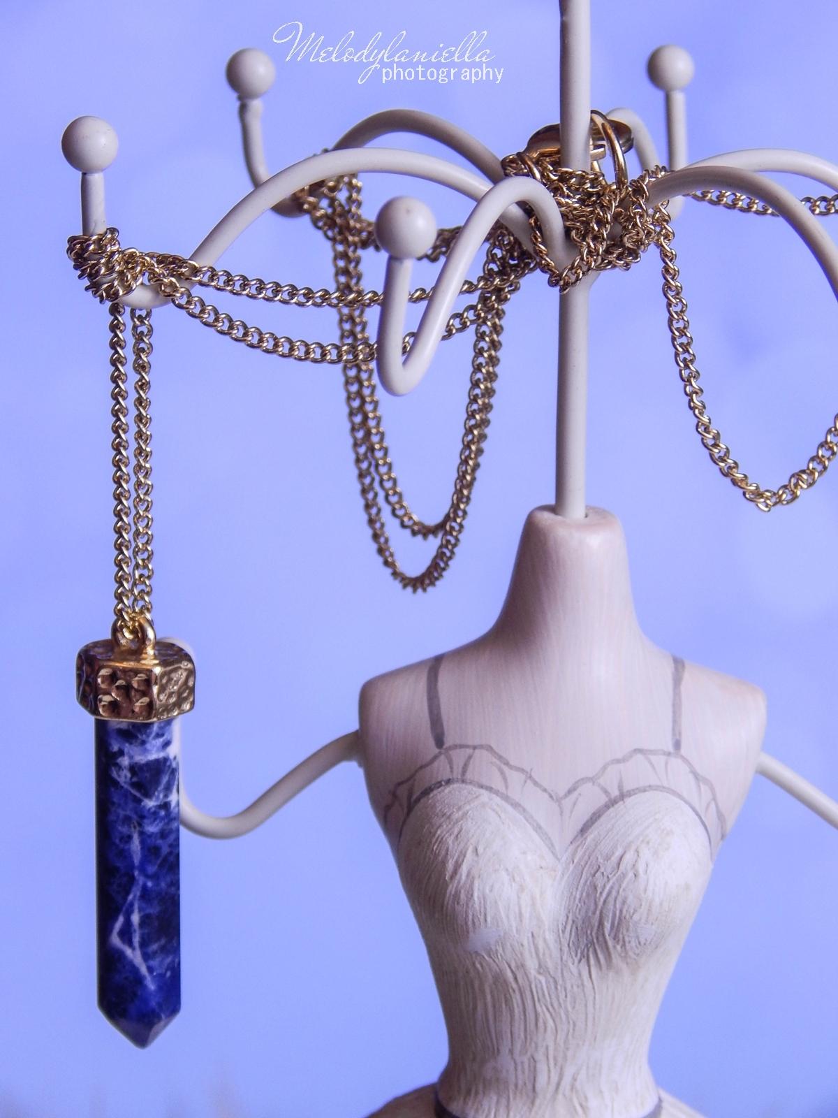 3 Biżuteria z chińskich sklepów sammydress kolczyk nausznica naszyjnik wisiorki z kryształkiem świąteczna biżuteria ciekawe dodatki stylowe zegarki pióra choker chokery złoty srebrny złoto srebro obelisk