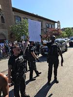 Des policiers au Kansas