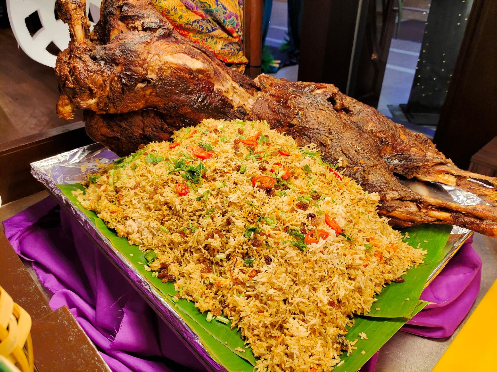 'Iftar Bazar' Buffet Ramadhan Di Amansari Residence Resort Dah Macam Kenduri Kahwin