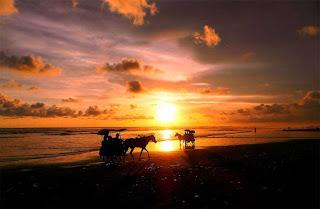 Keindahan Sunset di Pantai Parangtritis Jogja