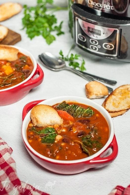 Ribollita - toskańska zupa z fasoli