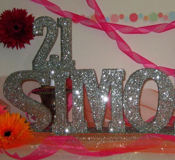 Happy Birthday Table Decoration Photograph