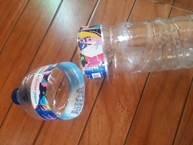 diy-cara-membuat-pot-pengairan-otomatis-daur-ulang-botol-aqua