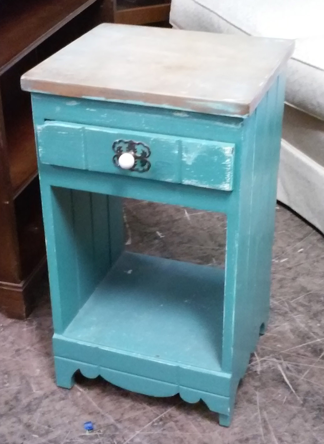 UHURU FURNITURE & COLLECTIBLES SOLD Shabby Chic Teal Nightstand $40