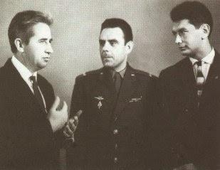 L'equipaggio della Voschod 1: Feoktistov, Komarov e Egorov.