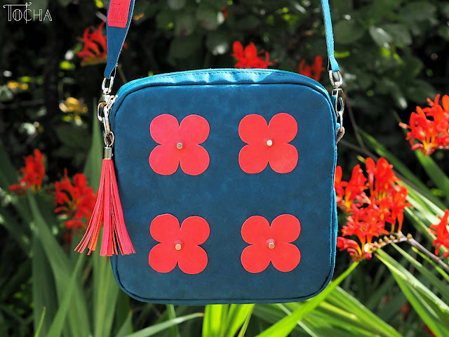 flowers, ethno, mini messenger, cross-body bag, crossbody bag, teal, blood orange, printed bag strap, blue, green, red, #innywymiarszycia, Washpapa, craft paper, PDF Sewing Patterns, vegan leather, hand dyed,