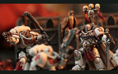 Kor'sarro Khan liderando los Cicatrices Blancas