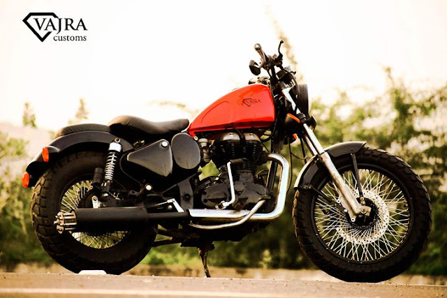 Royal Enfield 350 Bobber by Vajra Customs