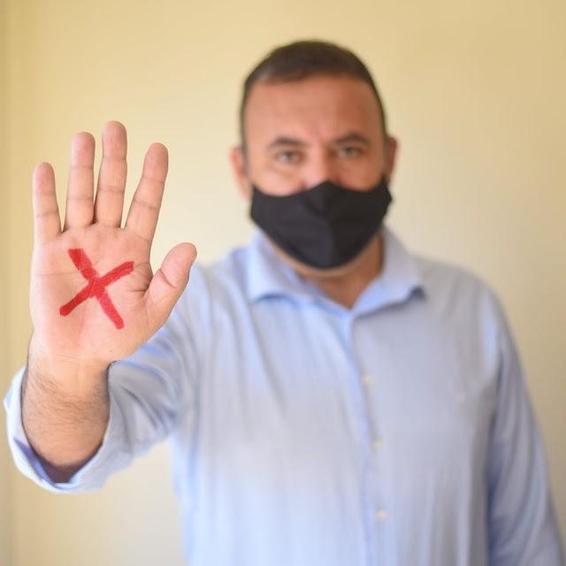 Sergio Pinheiro  ajuda a divulgar campanha de combate a violência contra a mulher